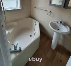 4 Piece Bathroom Suite Complete including Sink, Bath/Shower, Toilet, Taps