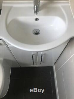 Table De Toilette Dos Au Mur Toilettes Bassin Cistern